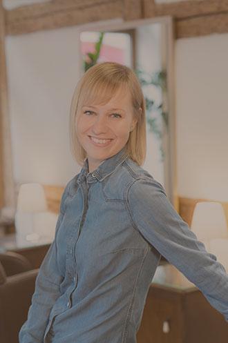 Fachwerk-Haare-und-Kosmetik-Jennifer-Hielscher