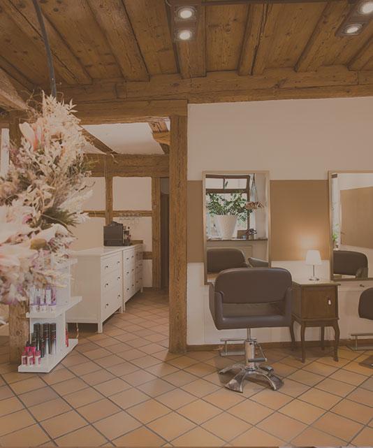 Fachwerk-Haare-und-Kosmetik-Nürnberg-Damen